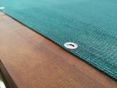 Обкантена зелена тента